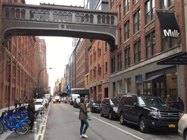 <span>Moleskine @Milk Media NYC</span><i>→</i>